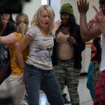 ナオミ・ワッツ&アマンダ・サイフリッドがヒップホップダンスを披露!―「ヤング・アダルト・ニューヨーク」特別映像解禁
