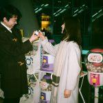 """菅田将暉&有村架純がお互いを撮影した""""素顔""""が溢れるオフショットの数々!―『花束みたいな恋をした』オフショット一挙公開"""