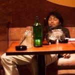 """「俳優 亀岡拓次」を参考にした""""お酒マナー講座""""映像公開!"""