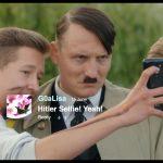 ドイツの若者がヒトラーと一緒に自撮り!?『帰ってきたヒトラー』新場面写真公開