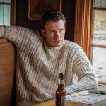 【 Happy Birthday♪ クリス・エヴァンス】クリス・エヴァンス登場シーンの吹き替え映像を公開!―『ナイブズ・アウト/名探偵と刃の館の秘密』〈日本語吹き替え版〉一部公開