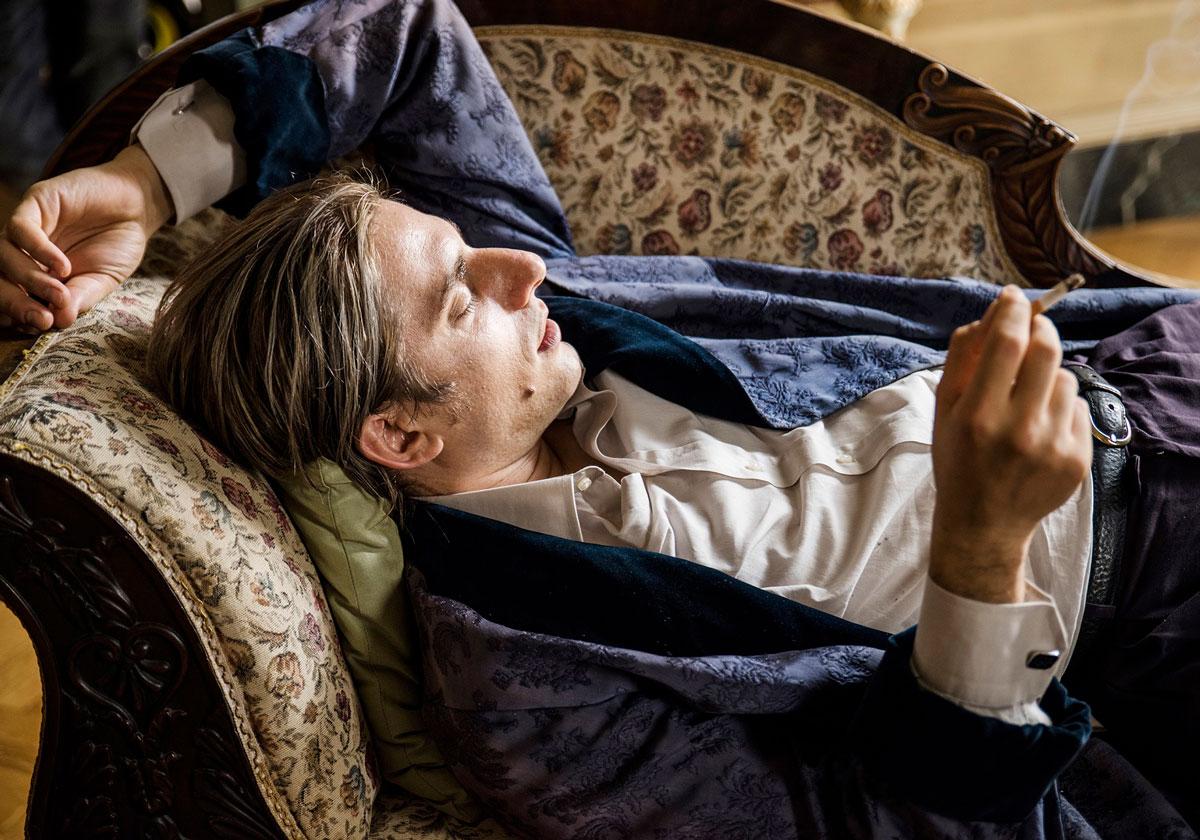 ルカ・マリネッリが若き日のジャック・ロンドンを体現―『マーティン ...