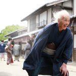 柳楽優弥&田中泯が演じる葛飾北斎の姿!―『HOKUSAI』〈場面写真〉解禁