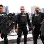 主演シェマー・ムーア、東京ロケに「ただただ最高!」―海外ドラマ『S.W.A.T.』シーズン3〈東京ロケ撮影レポート〉到着
