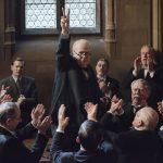 ゲイリー・オールドマンが伝説の政治家ウィンストン・チャーチルを熱演!―『ウィンストン・チャーチル/ヒトラーから世界を救った男』公開決定