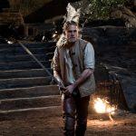 アーサーが聖剣エクスカリバーを手にした瞬間・・・!―『キング・アーサー』本編映像解禁