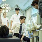 滝沢秀明演じる外科医の姿に注目!―『連続ドラマW 孤高のメス』〈場面写真〉一挙解禁