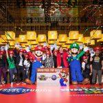 """NYのマンハッタンに""""ハテナブロック""""が出現!―USJ新エリアグローバル ・イベントで約1000人のニューヨーカーが大熱狂"""