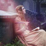 ドレスを身にまとうエル・ファニングが傑作「フランケンシュタイン」を生み出す瞬間・・・―『メアリーの総て』〈予告編&場面写真〉解禁