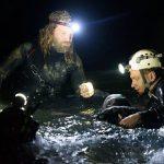 洞窟に取り残された少年たち・・・精鋭ダイバーとレスキュー隊による奇跡の救出劇を映画化―『THE CAVE サッカー少年救出までの18日間』11月公開決定