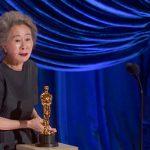 「私は少し運がよかっただけ、少しだけラッキーだった」―第93回アカデミー賞受賞式に助演女優賞受賞のユン・ヨジョンが登壇