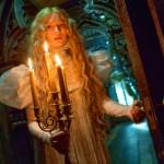 ギレルモ・デル・トロ監督史上、最も美しいダーク・ミステリー、場面写真公開!