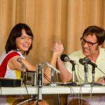 主演エマ・ストーンが共演スティーヴ・カレルや<女と男の熱い戦い>について語る―『バトル・オブ・ザ・セクシーズ』〈インタビュー映像〉解禁