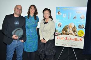 (左から)シャロン・マイモン監督、タル・グラニット監督、小山明子