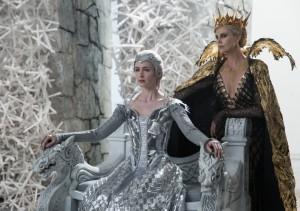 『スノーホワイト/氷の王国』
