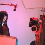 玉城ティナ「大人になるとなかなか歌わないので(笑)」童謡の歌唱に苦戦!?―『地獄少女』〈メイキング映像〉一部公開
