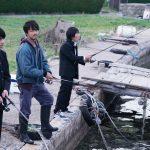 TAKAHIROと板垣瑞生が釣りの腕前を披露―『僕に、会いたかった』〈本編映像〉解禁