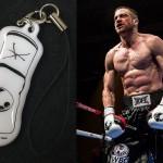 ジェイク・ギレンホールが肉体美を披露する「サウスポー」前売り特典は「ボクシンググローブ型携帯クリーナー付きキーホルダー」