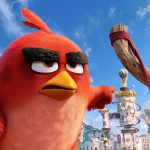 飛べない鳥たちとピッグ軍団、決死のバトル!―「アングリーバード」日本版予告編解禁