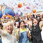 USJのハロウィーンは仮装でリ・ボーン・パーティ!大人気パレードもハロウィーン・バージョンで登場!