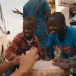 ナオトが持つコミュニケーション力で世界各地の子どもたちと仲良しに!―『ナオト・インティライミ冒険記 旅歌ダイアリー2』新場面写真解禁