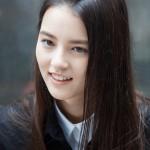 「草原の実験」舞台挨拶に主演の少女エレーナ・アンが緊急来日!